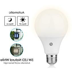 TOPCHANCES E27 Dusk to Dawn Auto Sensor Light Bulb Sensor LE